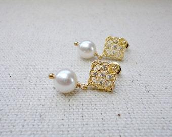 Bridal pearl drop earrings, Wedding Bridal Earrings, Bridesmaids Gift, Simple everyday jewelry