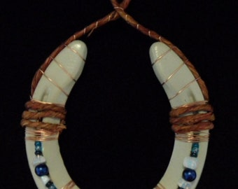 Beaded Horseshoe Art with Copper wire