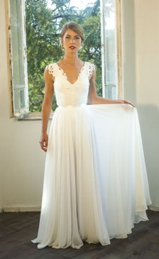 Hippie Inspired Wedding Dresses For Sale Romantic vintage inspired lace