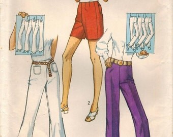 1970s Simplicity 9217 Vintage Sewing Pattern Misses Proportioned Bell Bottoms, Pants and Shorts Size 14 Waist 27