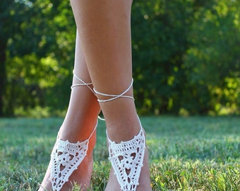 Ivory wedding shoe, Beach Wedding shoes, Crochet Barefoot sandals, Bridal Foot Jewelry, Destination wedding shoes, Ivory bottomless sandals
