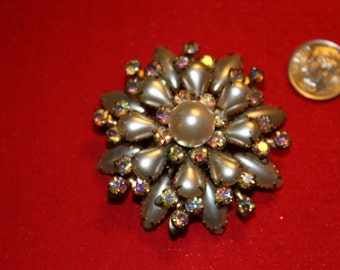 Vintage ~ PEARL and RHINESTONE Starburst BROOCH ~ Cathe ~ Designer Signed ~ Stunning