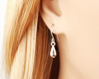 Sterling Silver Earrings, Simple Silver Earrings, Silver Dangle Earrings, Teardrop Earrings, Drop Earrings, Everyday Earrings, Minimalist.