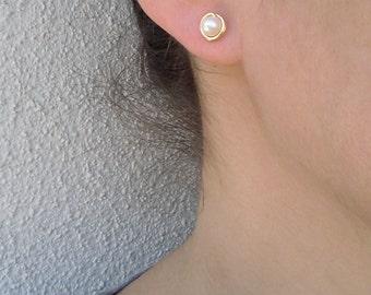 Pearl post earrings, Gold pearl stud earrings