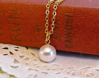 simple pearl necklace swarovski pearl necklace white pearl charm delicate gold tone jewelry white and gold necklace elegant charm