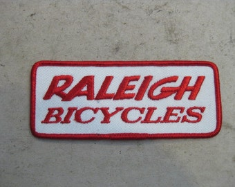 Raleigh Bicycles embroidered patch. Vintage cycling 1970's!