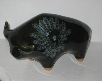 vintage lotus pottery bull great british design