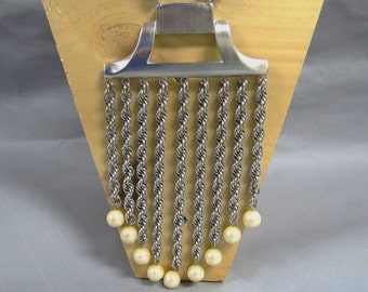 Fabulous 1960's MODERNE Vintage Silver STATEMENT PIECE Runway Necklace w Chains & Pearls