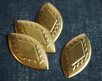 Medium Navajo Geometric Pointed Oval Earring Drops - Raw Brass - 4pcs - Geometric Brass Pendant, Native American Style, Spear Pendant