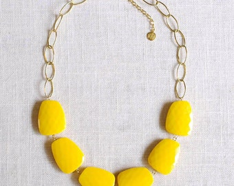 yellow statement necklace on gold chain . lemon yellow bridal party jewelry . yellow bridesmaid necklace // ROCH-YW