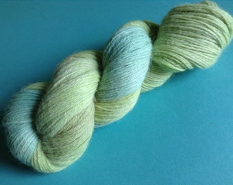 ATTHESURFACE - 100% alpaca  kettle dyed skein of DK knitting yarn (270 yards)- so soft~!