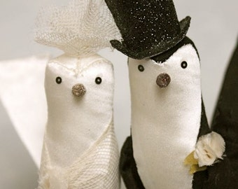 cake topper birds : lilly and purcell