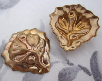 4 pcs. raw brass floral stampings 26x25mm - f4273