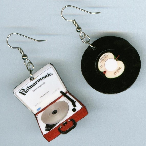 Vintage Record Player Earrings  - retro Apple 45 - musical band musician gift - music earring design - Designs by Annette