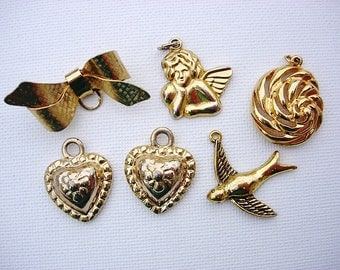 Lot of Various Vintage Gold Tone Metal Brooch-Pendants-Charms Jewelry Components