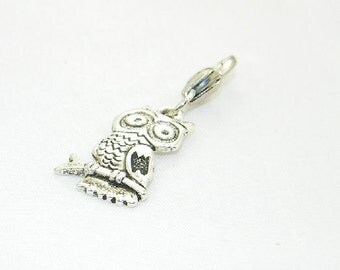 Tibetan silver owl lobster claw charm for link bracelets and necklaces, Clip on charm, Purse charm, Backpack charm, Zipper charm, Bird charm