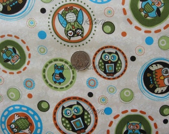 Life's A Hoot, Owls in Circles Green OOP Fabric - Half Yard
