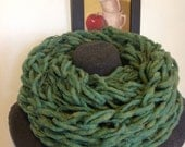 Arm Knit Infinity Cowl - Blue/Green