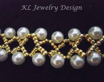 Gold and White Kisses Bracelet