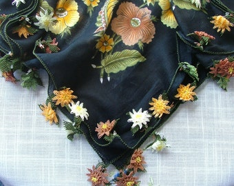 Exclusively designed black color scarf with contrast color oyas