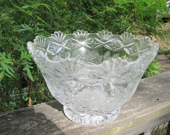 Large Antique Pressed Glass Bowl With Etched Roses - Vintage Wedding/ Bridal Shower