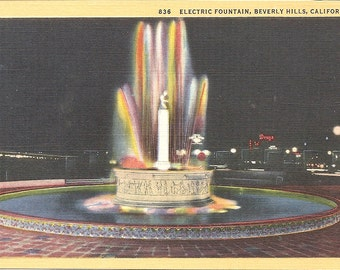 Vintage 1930's -1950's  Linen Postcard Electric Fountain, Beverly Hills, California