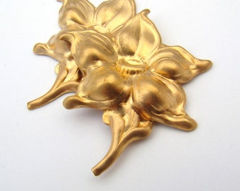Brass flower stampings, vintage bright five petal with leaves 42mm, 2 pcs