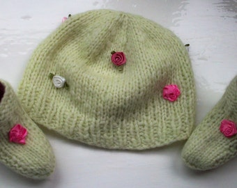 Baby girl hat bootees set Rowan wool apple green pink roses by SpinningStreak
