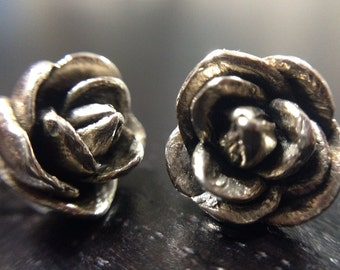Sterling Silver Camellia Stud Earring