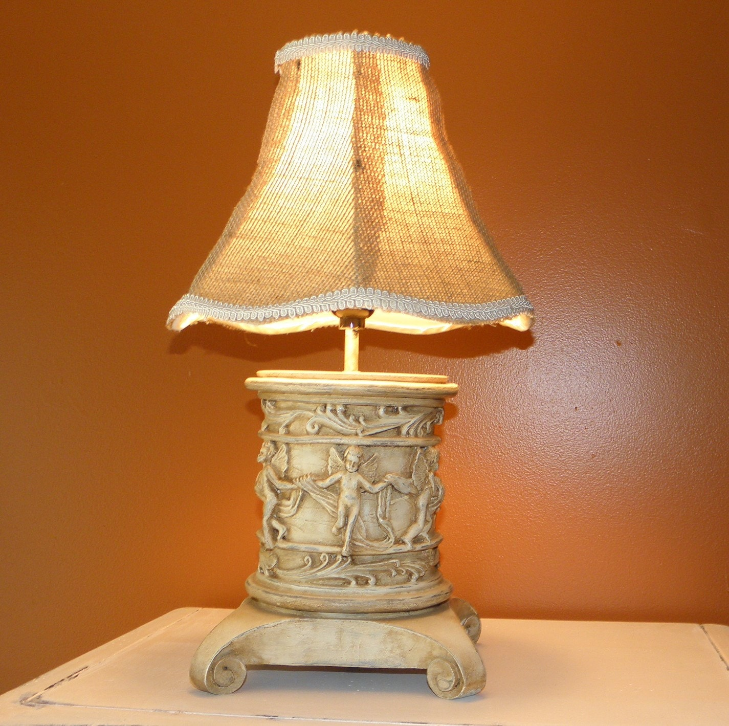 table lamp shabby chic burlap shade chalk paint upcycle lighting on. Black Bedroom Furniture Sets. Home Design Ideas