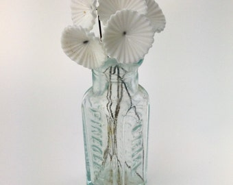 Vintage White Glass Flowers on Wire Stems (6) bds660H