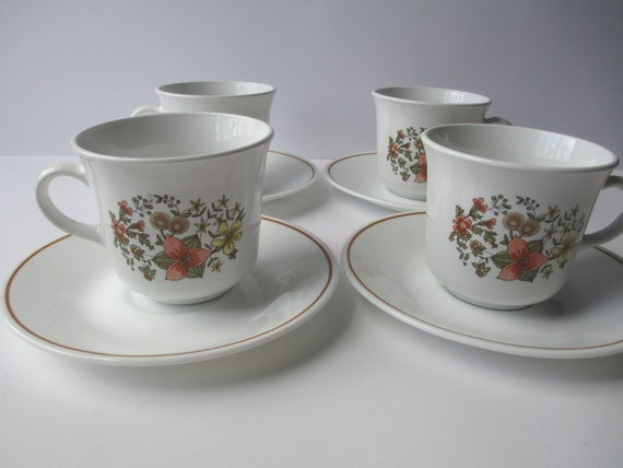 Vintage Corelle Indian Summer Cups and Saucers Set of Four