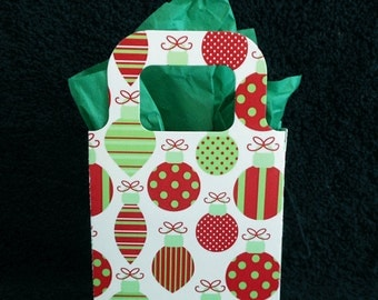Christmas Gift Bags - Favor Bags - Party Favor Bags - Holiday Gift  Bags - red green ornaments, set of 10
