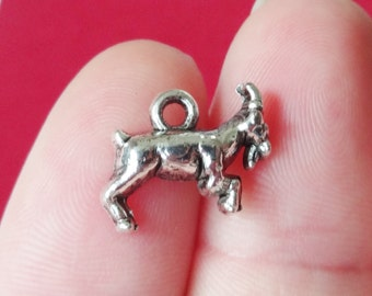 10 Ram Goat Charms 10x13x3mm, Hole: 2mm