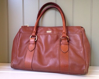 Vintage Handbag Liz Claiborne Brown Leather Purse Versatile Practical Fashion Accessory