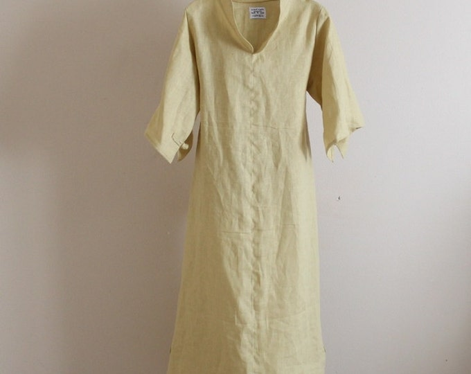 custom frog toggle linen dress  plus size petite three quarter sleeves / Asian style / linen party / Wedding dress / indie design clothing