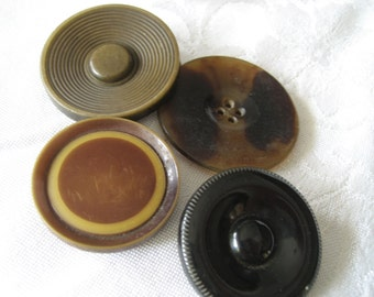 Lot of 4 VINTAGE Large Horn & Plastic Celluloid BUTTONS