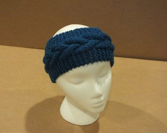 Knitted Ear Warmer with Generous Cable