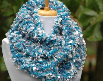 Chunky Knit Infinity Scarf, Knitted Scarf, Women's Scarf, Winter Scarf, Hand Knit Scarf, Knitted Scarf, Blue and Silver Knit Circle Scarf