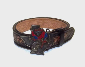 1970s belt / vintage 70s belt / brass buckle / tooled / Texas Tooled Brown Leather Belt