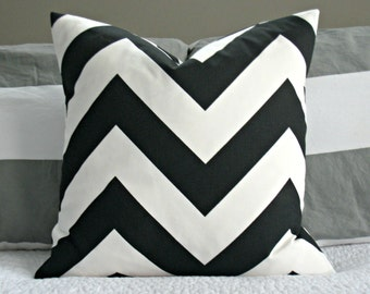 Black and White Chevron Pillow Cover - Zippy Large Scale - 20x20