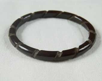SALE WAS 65 Awesome Carved Bakelite Stacking Bangle Bracelet  ew