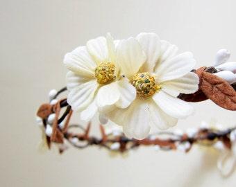 Fall flower headpiece, Wedding flower crown, Ivory cream floral headpiece, Bridal hair accessory, Woodland wedding head wreath