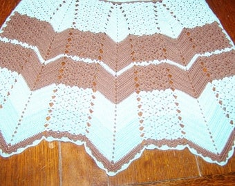 1/2 Apron, Turquoise and Brown, Crocheted Chevron Pattern, Hand Made, Perfect Condition, 1945 Pattern,