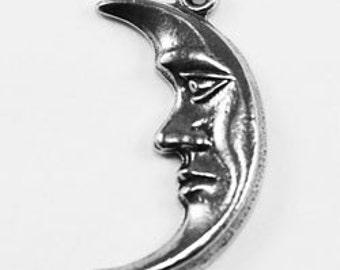 2 x Tiny Moon, 1 bail, Australian pewter. M13