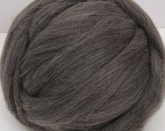 Gray/ Gray Shetland/ Wool Top/ Combed Top/ Spinning Top/ Felting/ Needle Felting/ 8 oz/ Fine Shetland Wool/ Alba Ranch/
