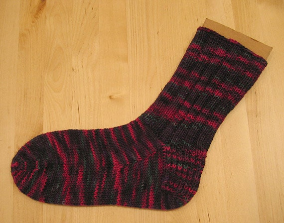 Knitting Pattern For Basic Socks : Basic DK Toe Up Sock Knitting Pattern PDF