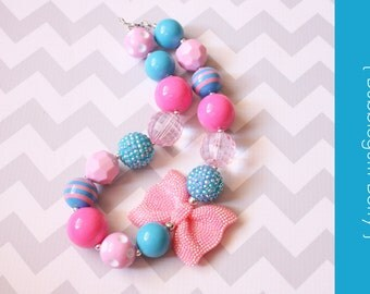 Chunky baby necklace { Bubblegum Berry } hot pink turquoise First birthday, cake smash, beach, summer photography prop