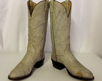 Light Grey Hondo brand cowboy boots size 7.5 D or womens size 9
