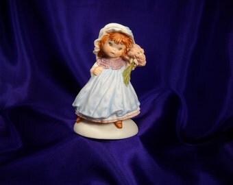 1983 HALLMARK FIGURINE, Hallmark Little Girl Statue from 1983,Hallmark cards porcelain little girl,Hallmark Collectible,Hallmark Cards Child